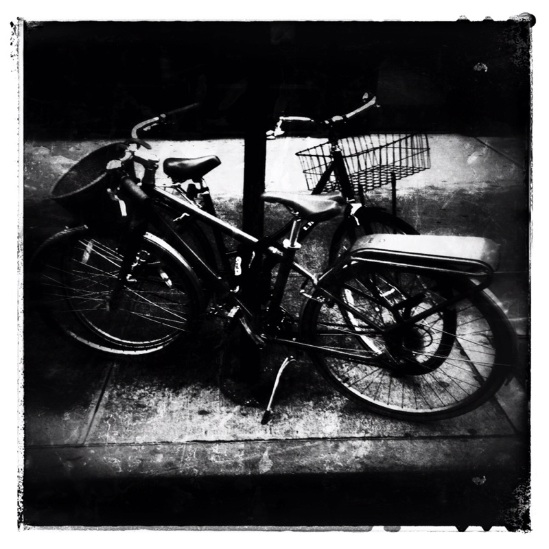 Cycles, B&W